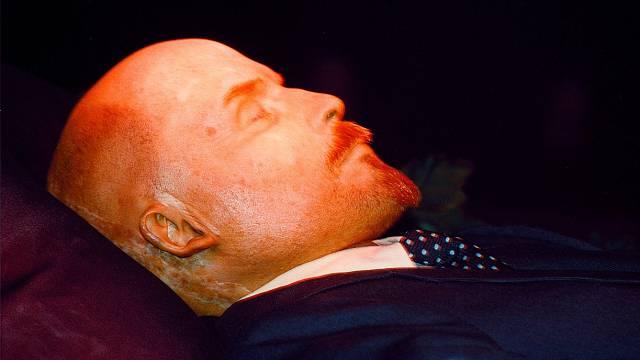 Leninovo nabalzamované tělo