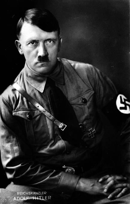 Hitler nasliboval Marii, že s ní bude žít, ale později tvrdil, že na jejich vztah nemá čas kvůli své misi.