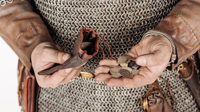 Půjčování peněz bylo běžné i ve středověku.