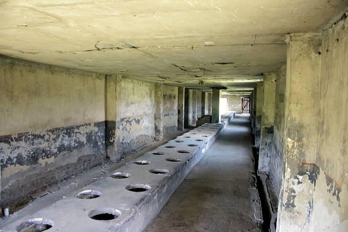 Táborem se kvůli nedostatečné hygieně šířily infekční choroby.