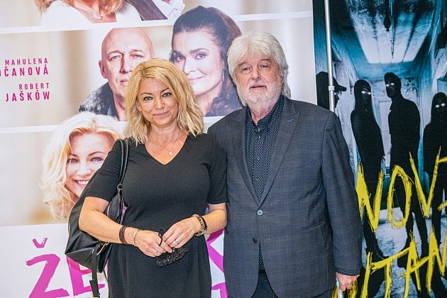 Eva Vejmělková s manželem Dušanem Rapošem
