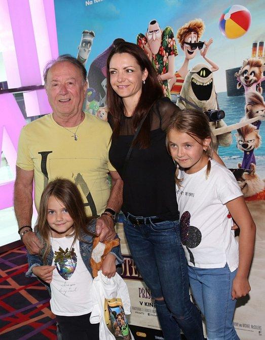 Petr Janda s rodinou