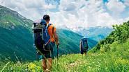 Gruzie je země zaslíbená milovníkům horských túr i sjezdového lyžování, vrcholy dosahují až do výšky pěti tisíc metrů.
