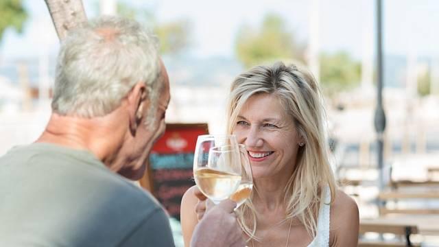 První rande po 20 letech? Dejte si ho raději na bezpečném místě