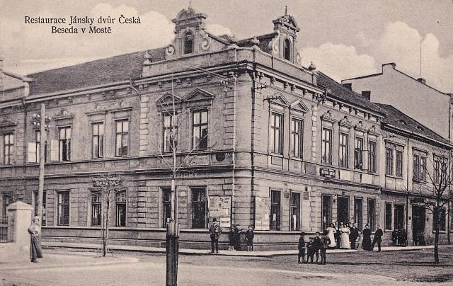 Most, 1925. Besedu vlastnila druhá žena Václava Fialy