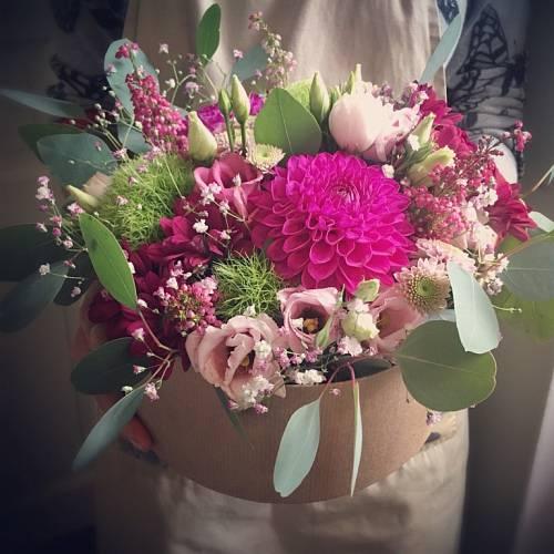 Tuhle nádheru skládají floristky pod vedením Markéty Keclíkové z ateliéru Rosmarino.