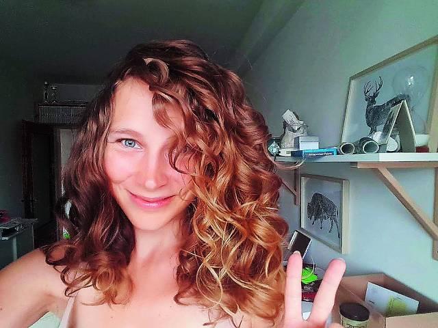 Karolina Srncová po stylingu (2021).
