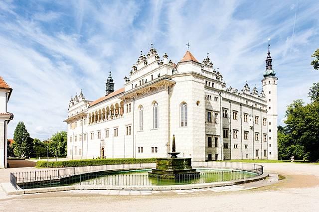 Tenhle zámek v Litomyšli mohla Magdaléna vidět při své každodenní procházce, žila tam jedenáct let.