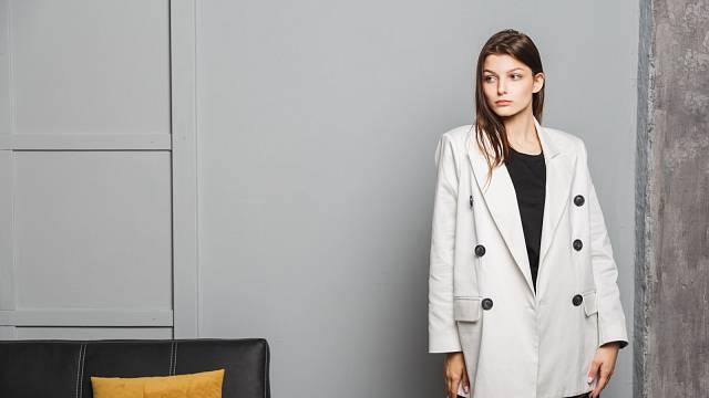 Trendy sako, které patří do vašeho šatníku