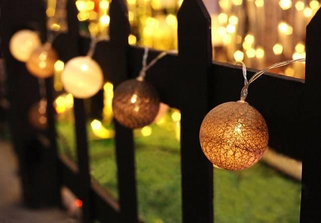 Světelný řetěz na plotě, Mountfield