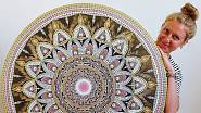 Slovo mandala pochází ze staré Indie, znamená kruh.