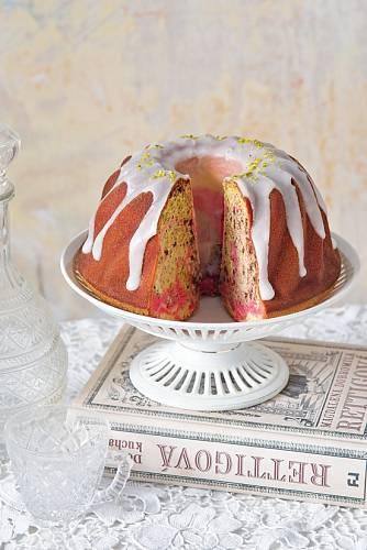 V receptu je obarvení karmínem, vy vemte potravinářskou barvu.