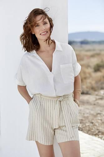 Bílá košile, M&Co., 750 Kč