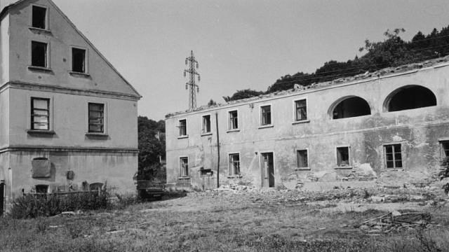 Bourání obytného domu v Řepčicích