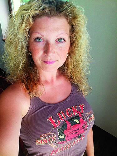 Ilona Penekerová: Fotka se zničenými vlasy je osm let stará. Byl to vrchol jejich mučení.