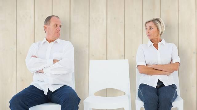 Bez pomoci odborníků se léčba závislosti většinou neobejde