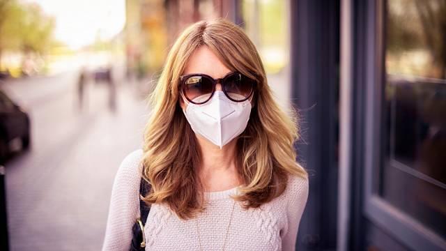 Jak se starat o pokožku pod respirátorem