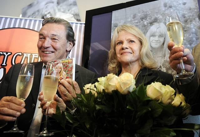 2009 křest 3 CD Proměny - největší hity Evy Pilarové