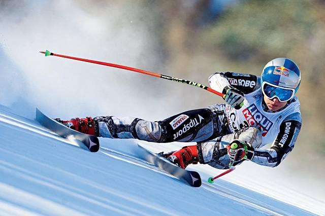 Ester ráda zná technické detaily závodních tratí i lyžařského a snowboardového vybavení. Na snímku na závodech v Cortině d´Ampezzo.