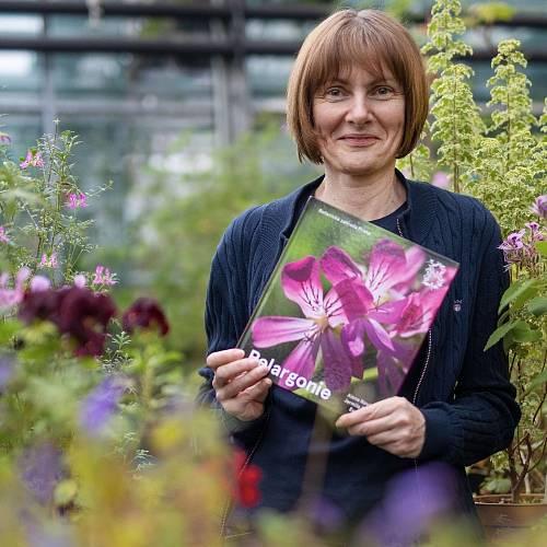 Kurátorka trojské botanické zahrady Alena Nováková pelargonie miluje a dobře zná.