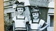 Miloslava Kalibová se svou sestrou