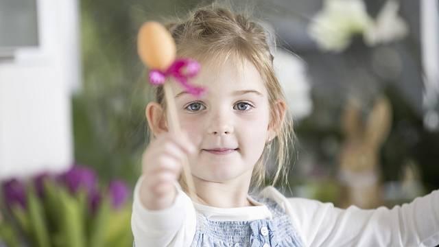 Poslední týden před Velikonocemi se jmenuje také svatý, tichý nebo pašijový. Začíná Květnou nedělí akončí Nedělí zmrtvýchvstání.