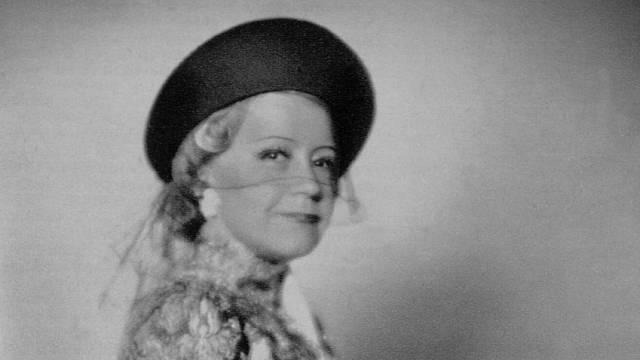 Růžena Šlemrová s chutí hrála nafrněné paničky a tchyně s ostrým jazykem.
