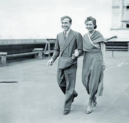 Amy a Jim, slavní manželé (létající zamilovaní), v roce 1937.