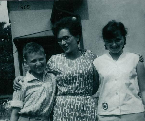 Anna Hyndráková, rozená Kovanicová s dětmi
