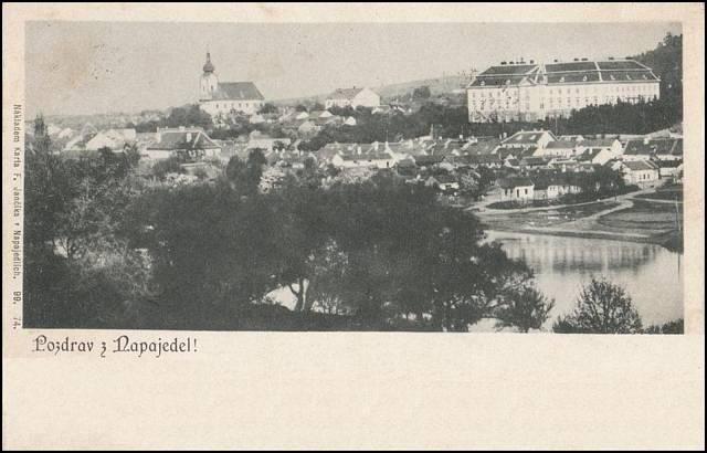 Fotografie Napajedel z roku 1899 - místo, kde vyrůstala matka a teta paní Dulové