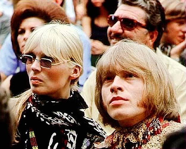 Brian Jones z Rolling Stones byl jedním z řady jejích lásek.