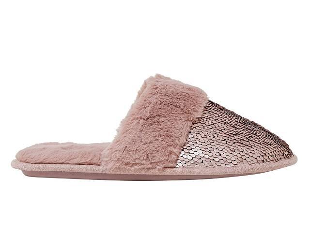 Pantofle, Marks & Spencer, 499 Kč