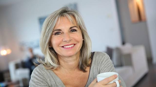 Jsou horší symptomy PMS, nebo menopauzy? Je to velmi individuální.