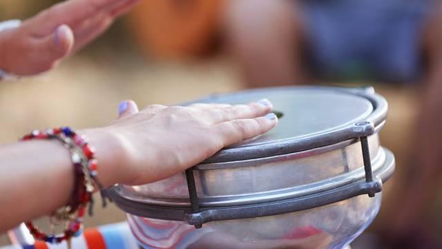 Bubnování snižuje stres