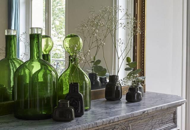 Čistý minimalismus váz Nuage značky Gien.