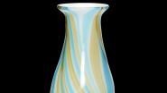 Dánská značka Hübsch dala skleněné váze půvab cvrnkacích kuliček.