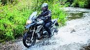 Další oblíbenou zábavou generála Petra Pavla jsou motorky.