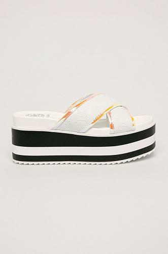 Pantofle, Guess Jeans, 2399 Kč