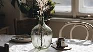 Krásně demižónová je váza značky House Doctor.