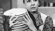 Komedie Hotel modrá hvězda z roku 1941 o dívce, která zdědila hotel.