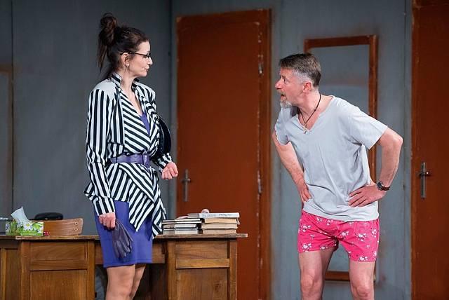 S manželem Jiřím Langmajerem v představení Jo, není to jednoduché, na zájezdu v Jiráskově divadle v České Lípě.