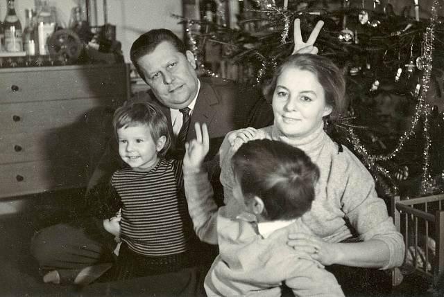 Rodinné Vánoce s manželkou Hanou, malou Haničkou a s Vladimírkem.