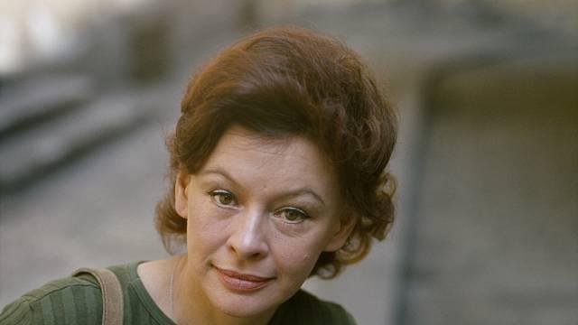 Irena Kačírková byla krásná a inteligentní. V lásce ale moc štěstí neměla.