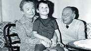 Nejbližšími a milujícími byli babička Jiřina Stránská a její druhý manžel. Jejich péče trvala jen do Filipových šesti let, kdy dědeček Kučera zemřel.