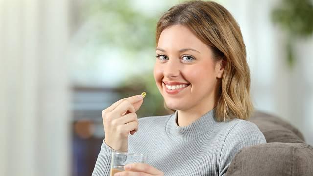 Imunitu posílí zdravá strava, pohyb, ale i vitamíny v tabletách