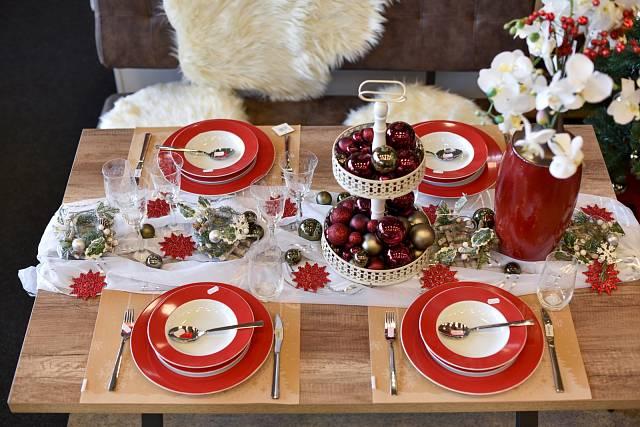 Tradiční sváteční tabule
