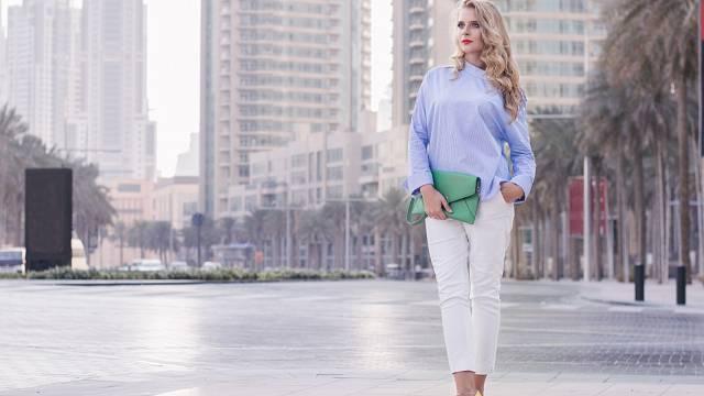 Bílých kalhot se nebojte, stačí dobře kombinovat