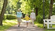 Péče o starší generaci bývá vyčerpávající