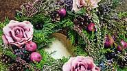 Romantický věnec s látkovými růžemi a vřesem, Ladies & Flowers, 590 Kč