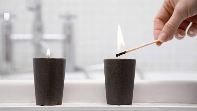 V poslední době dává hodně lidí přednost svíčkám z přírodních materiálů